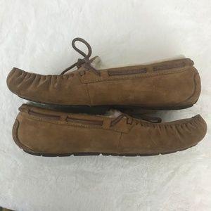 UGG Shoes - Ugg Dakota Sheeps wool lined moccasins